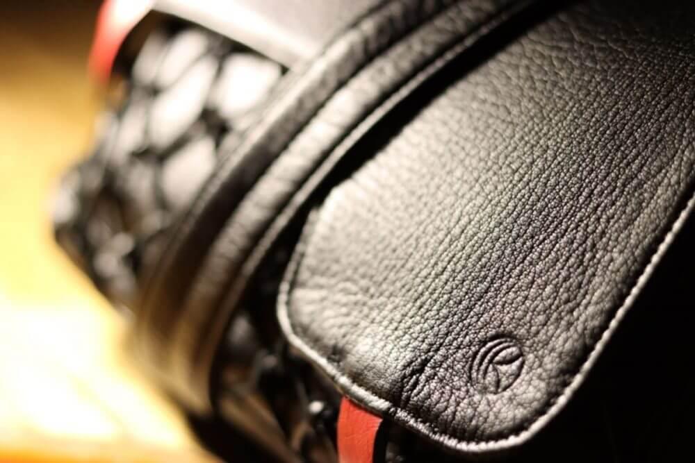 レザレクションショルダーバッグ黒2