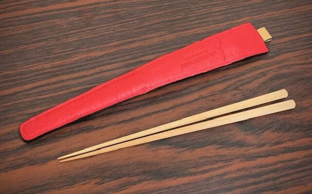 エゾ鹿革の箸ケース/ベージュ紅裏