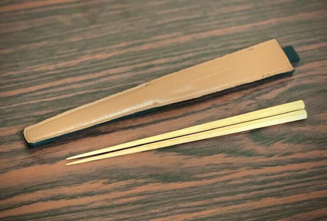 エゾ鹿革の箸ケース/黒ブラウンの裏